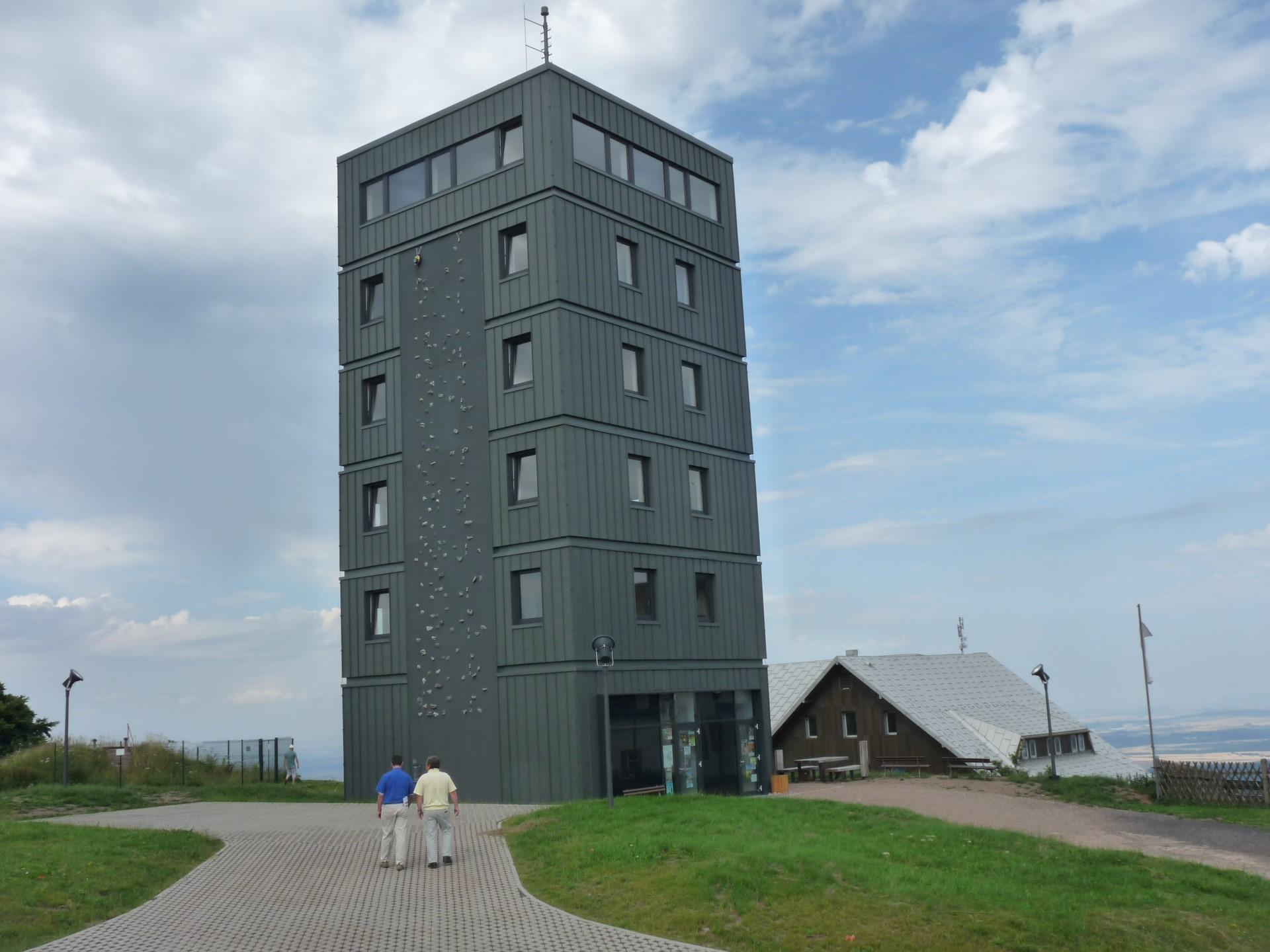 Der neue Aussichtsturm am Großen Inselsberg